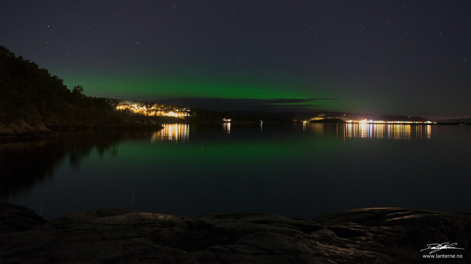Et tydelig grønnskjær viste seg på nattehimmelen over Kristiansand natt til tirsdag.