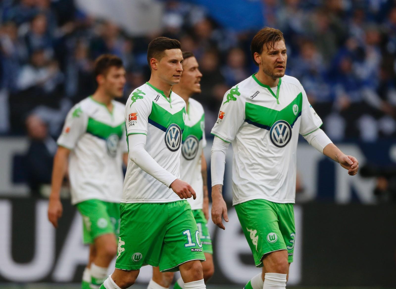 DRAXLER: Nicklas Bendtner og Julian Draxler for Wolfsburg mot Schalke 04.