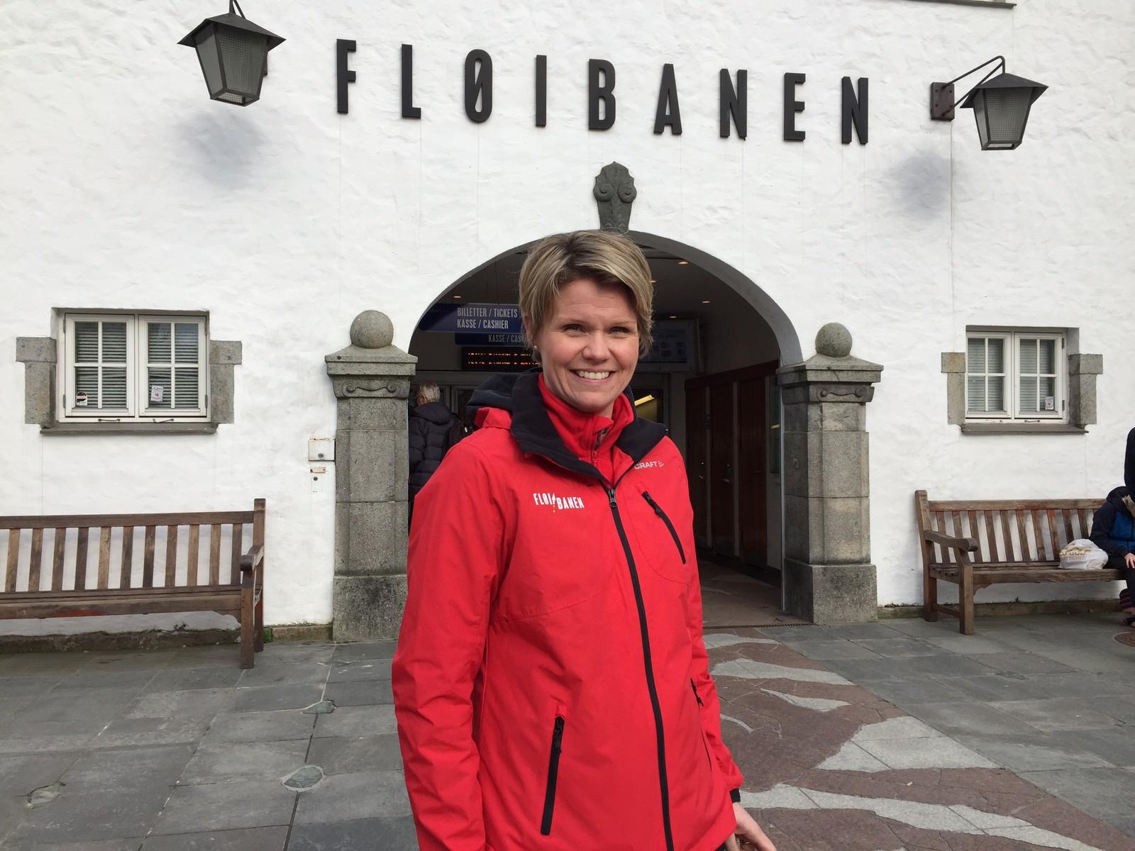 NY JOBB: Da Anita Nybø (43) startet i jobben som ny direktør 1. februar var det én ting hun bestemte seg for å lære: Å føre Fløibanen.