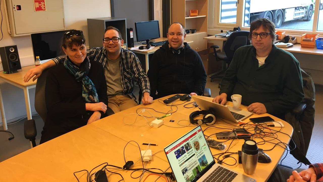 Erling Due Bergseth sammen med kolleger i Empo TV.