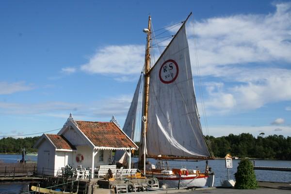 Brygge i Langesund - Foto: Helge Oland
