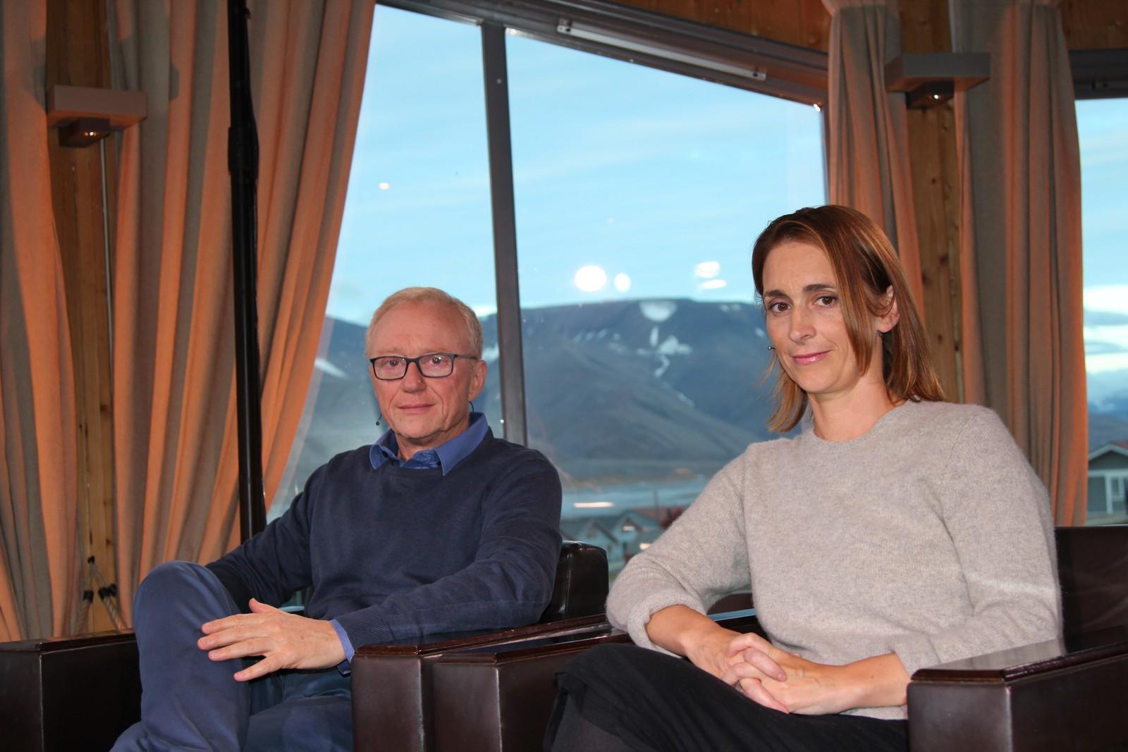 Den Man Booker-prisvinnende David Grossman fra Israel og young adult-forfatter Emily Barr.