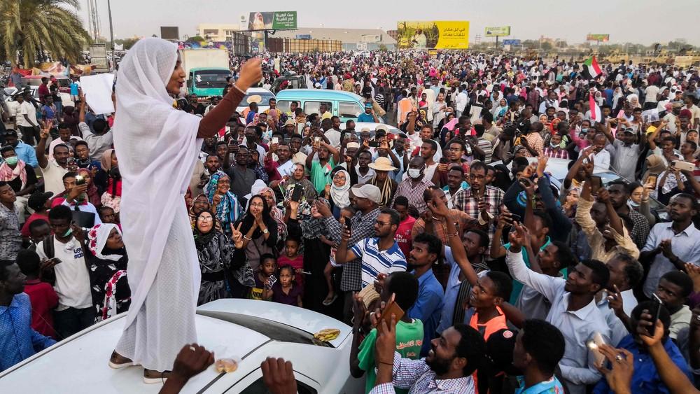 Protester i Sudan