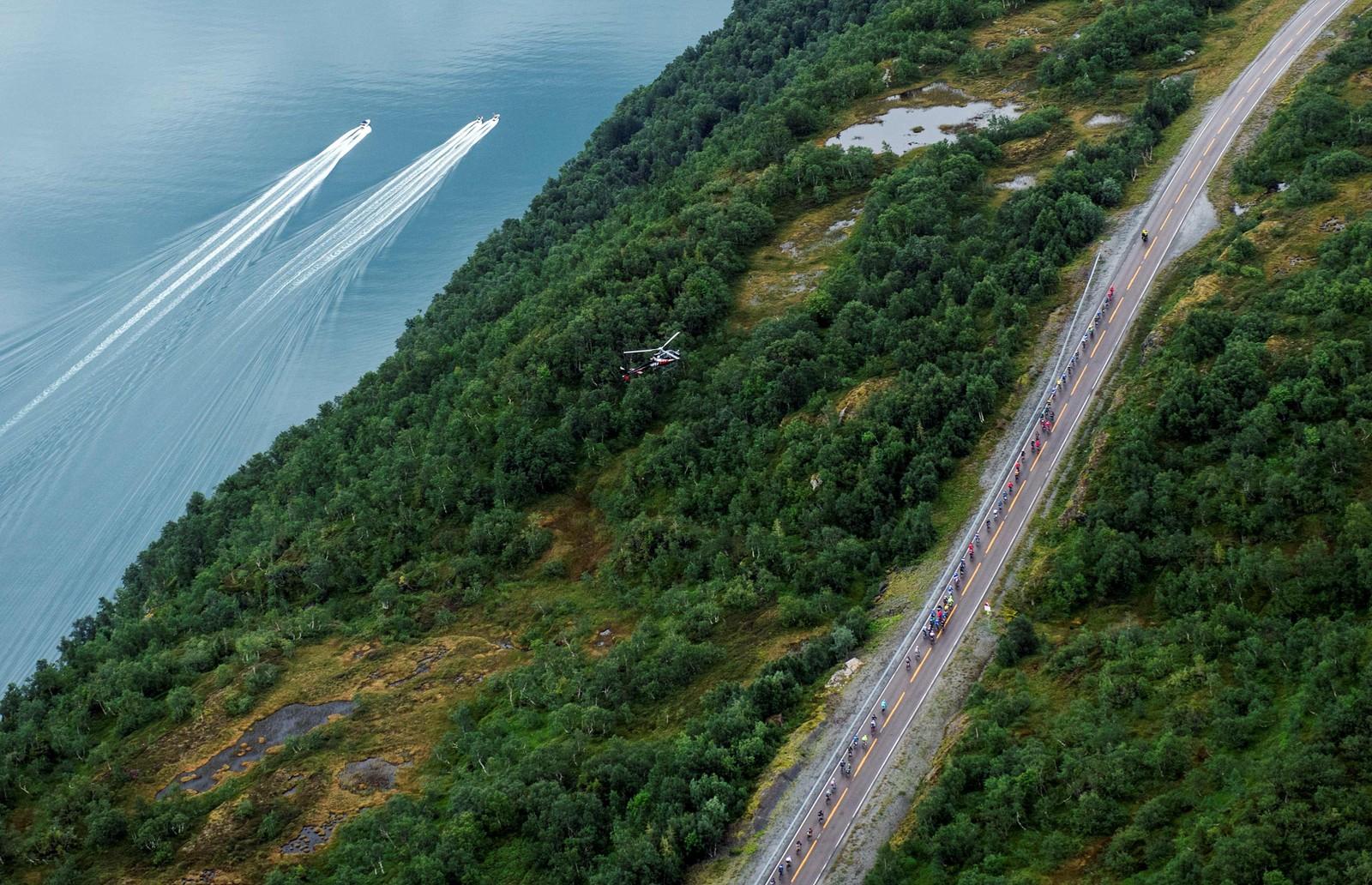 Syklistene under den 160 kilometer lange tredjeetappen.