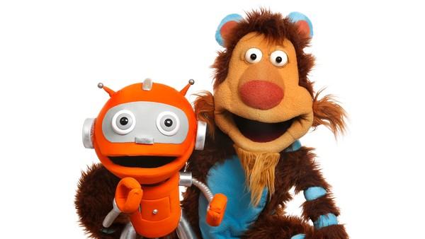 Rodde og Kikkan har sluttet å være leketøy og har fått sitt eget TV-show! Norsk serie.