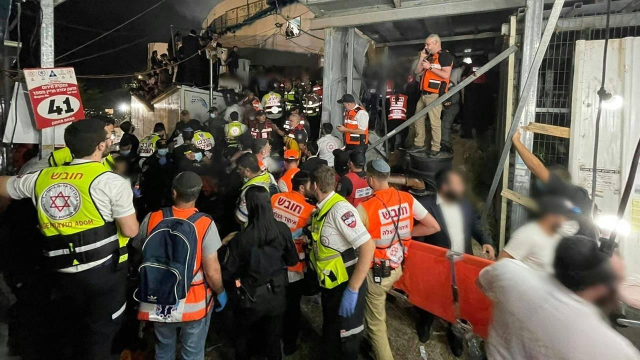 Redningsarbeidet etter ulykken i Israel