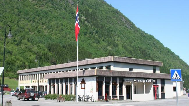 Viking Kafé heldt til i kommunehuset fram til kaféen vart lagd ned i 2008. Foto: Ottar Starheim, NRK.