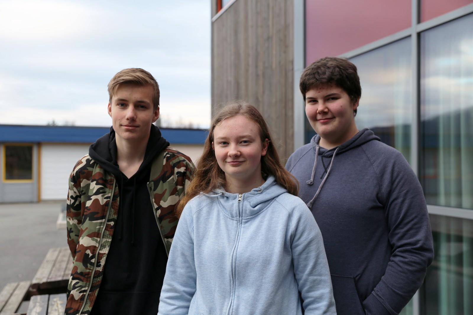 8 POENG: Rosendal ungdomsskule sine representanter, f.v: Torstein Olsen, Nora Mæland og Eirik Furuberg.