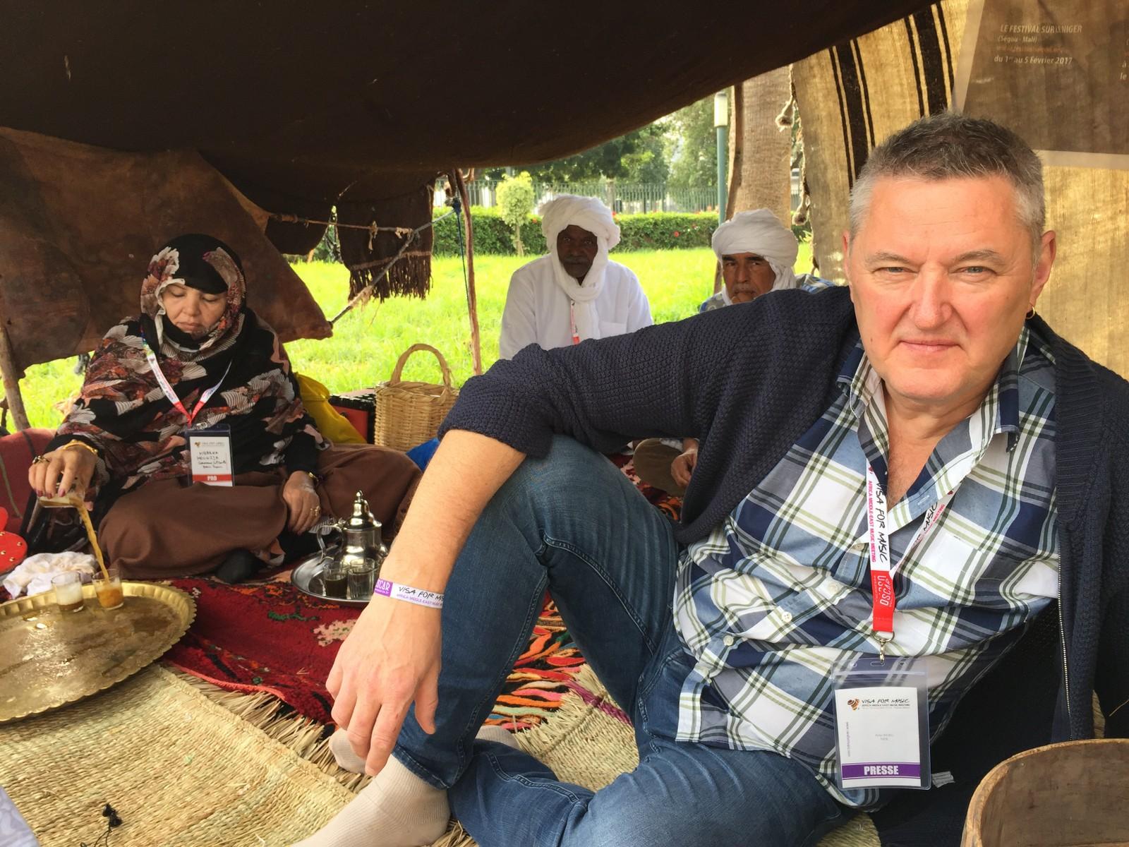 I Rabat. Te-seremoni med beduiner. Det tok sin tid. To timer.