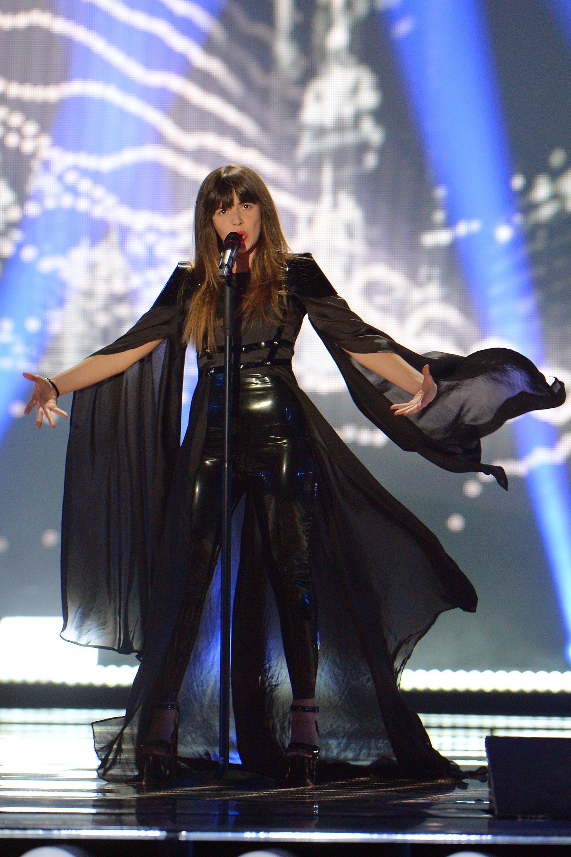 Leonor Andrade fra Portugal er en av få som ikke synger på engelsk i årets konkurranse med sin «Há Um Mar Que Nos Separa», som er sjuende artist på scenen i kveld. Her fra onsdagens kostymeprøver.