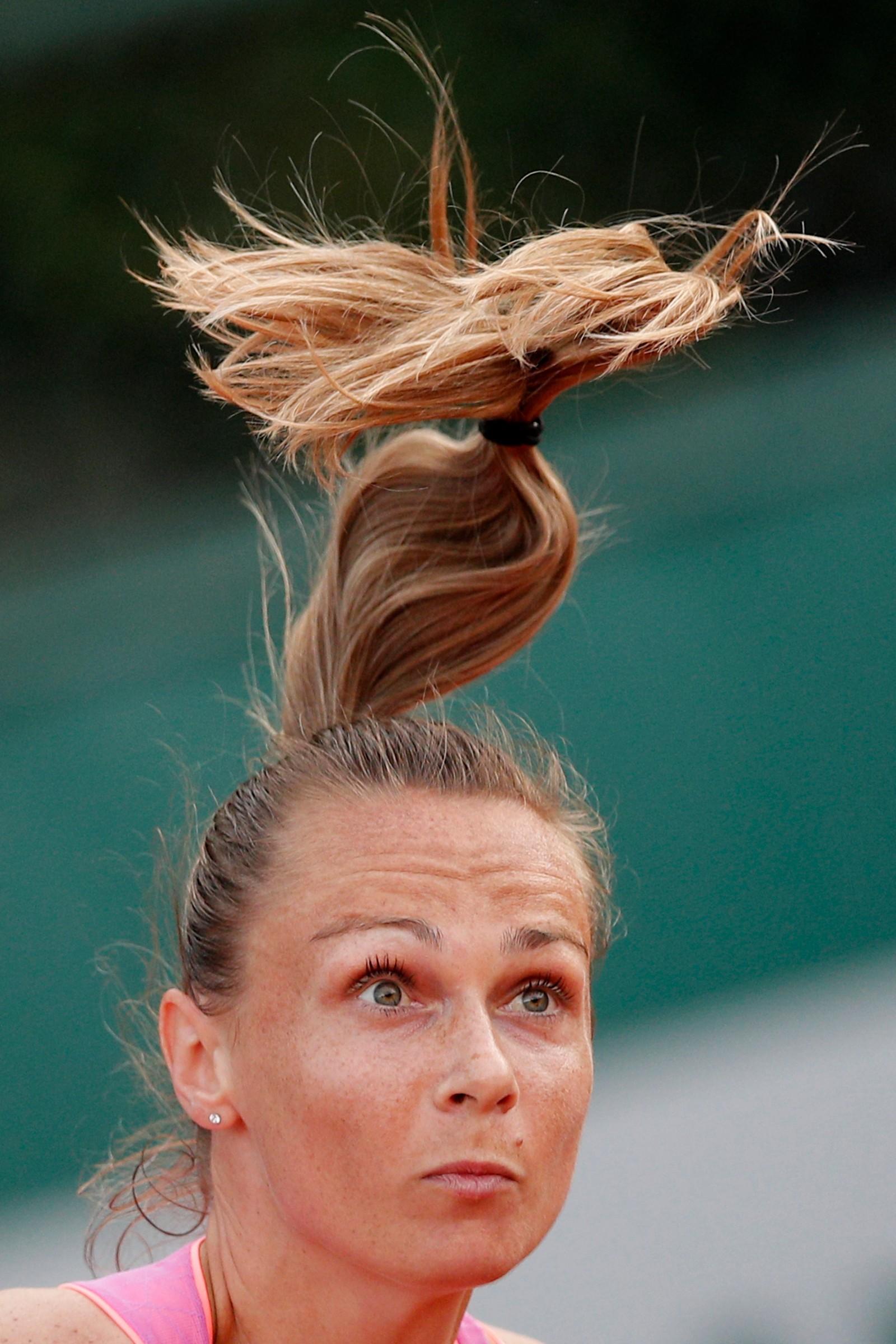 Håret reiste seg da slovakiske Magdalena Rybarikova servet under første runde av French Open denne uka.