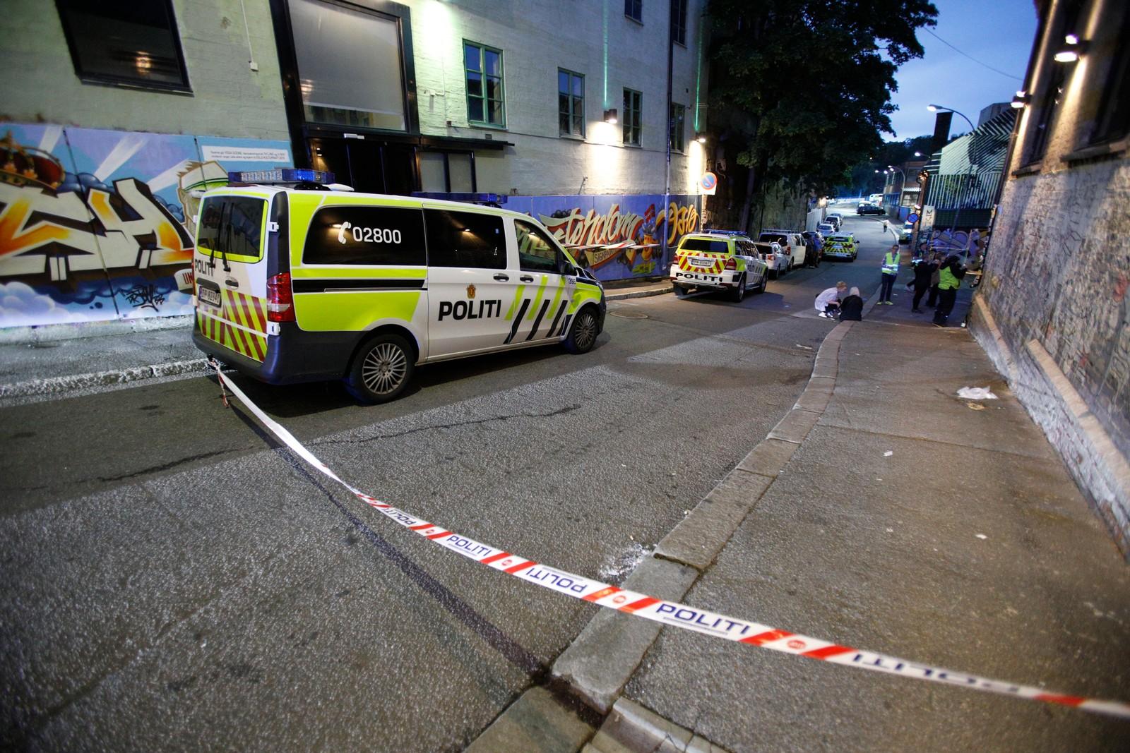 Politet fikk melding om at fire personer skal være skutt på utestedet Blå i Oslo natt til søndag.