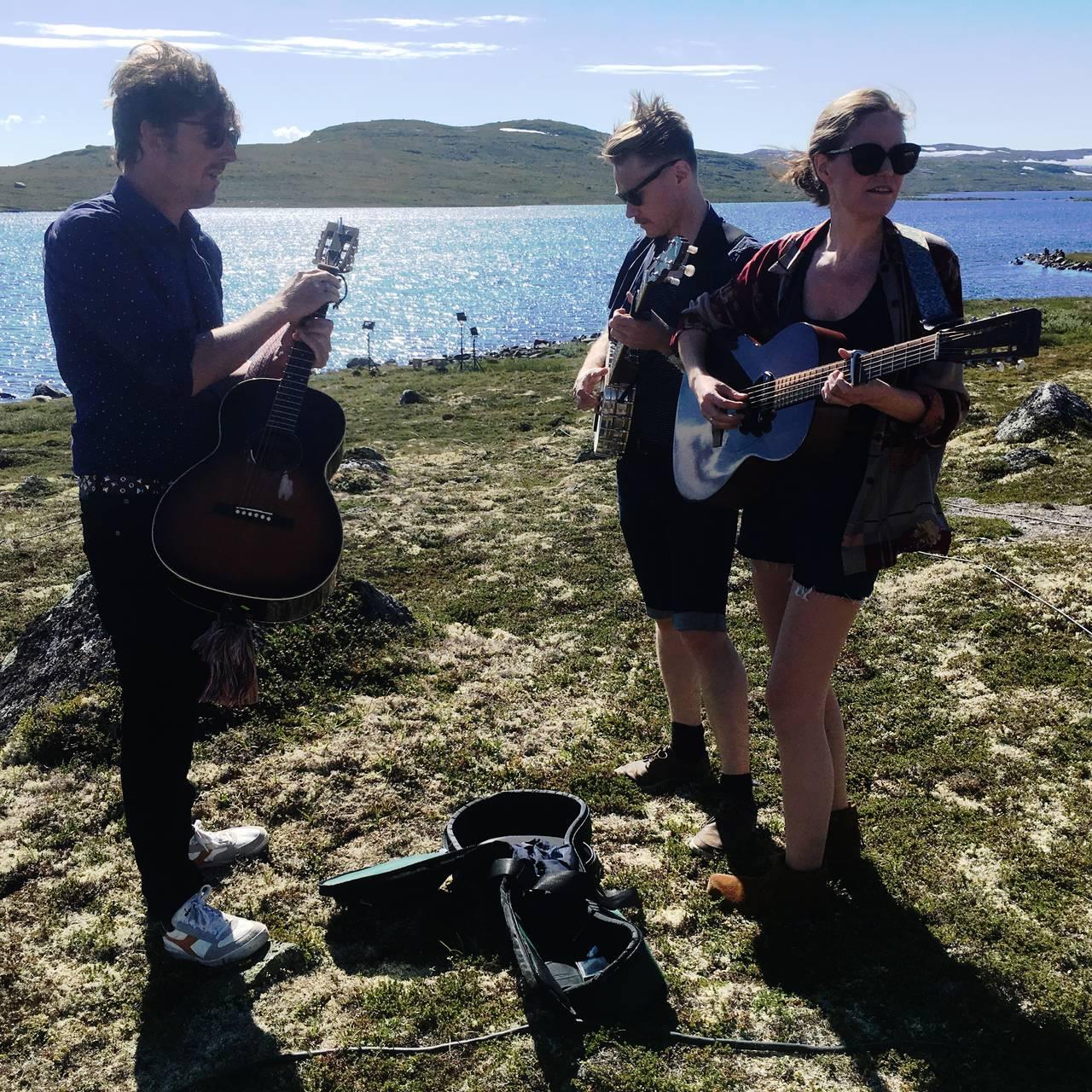 Odd Nordstoga og Darling West på NRK Sommeråpent i 2018.