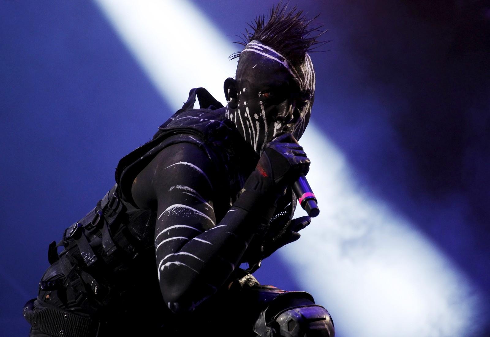 """Vokalisten Zero i det kolombianske industrimetall-bandet """"Koyi K Utho"""" opptrer under festivalen """"Rock al Parque"""" i hovedstaden Bogota. Rundt 420.000 mennesker besøkte den tre dager lange festivalen."""