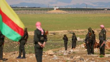 Kurdiske styrker ved grensen