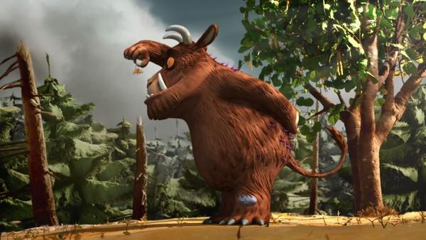 Britisk animasjonsfilm.       Pappa Gruffalo forteller om Store Stygge Mus som holder til i skogen. Men Lille Gruffalo stoler ikke helt på historien, og en kveld lurer hun seg ut i vinternatten for å finne ut om det pappa forteller er sant.