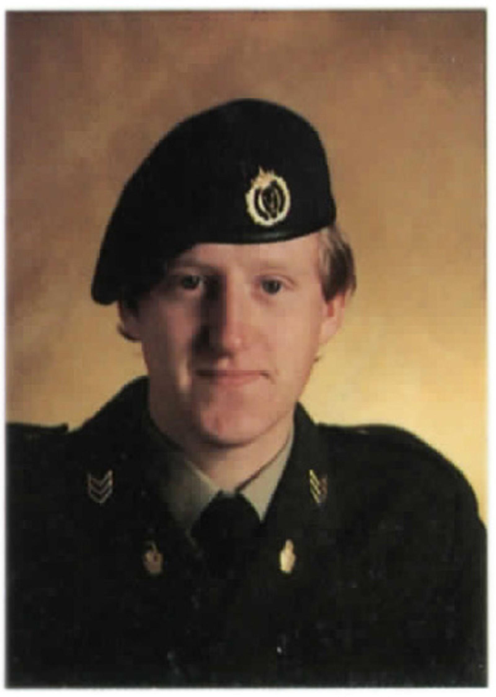 Sersjant Eivind Hovin 1986. Overlevde.