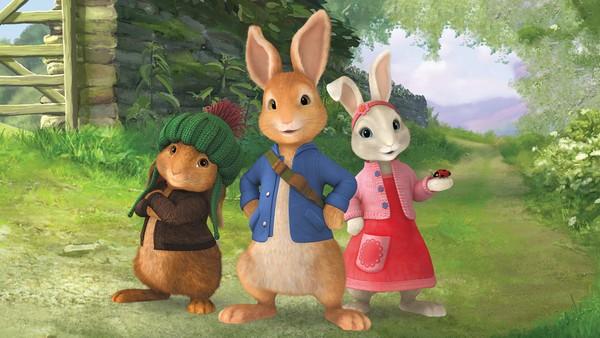 Britisk animasjonsserie.  Bli med snille og modige Petter Kanin med vennen Lily og Benjamin på spennende og morsomme eventyr.