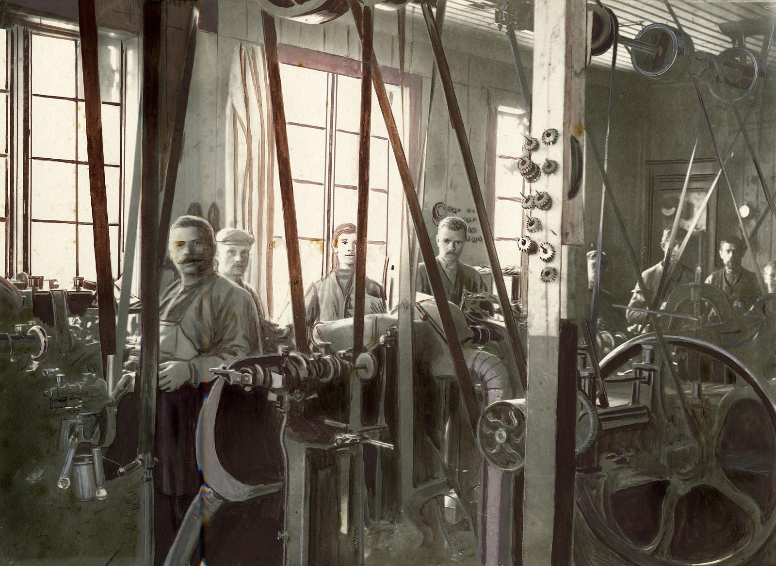 Fra maskinsalen i Sandefjord Skofabrikk AS
