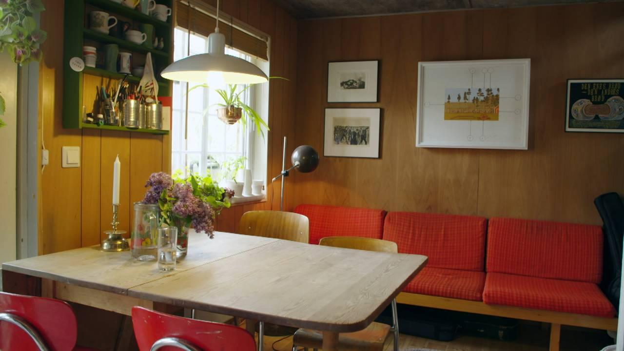 Gjenbrukte møbler i gjenbrukshus på Svartlamoen