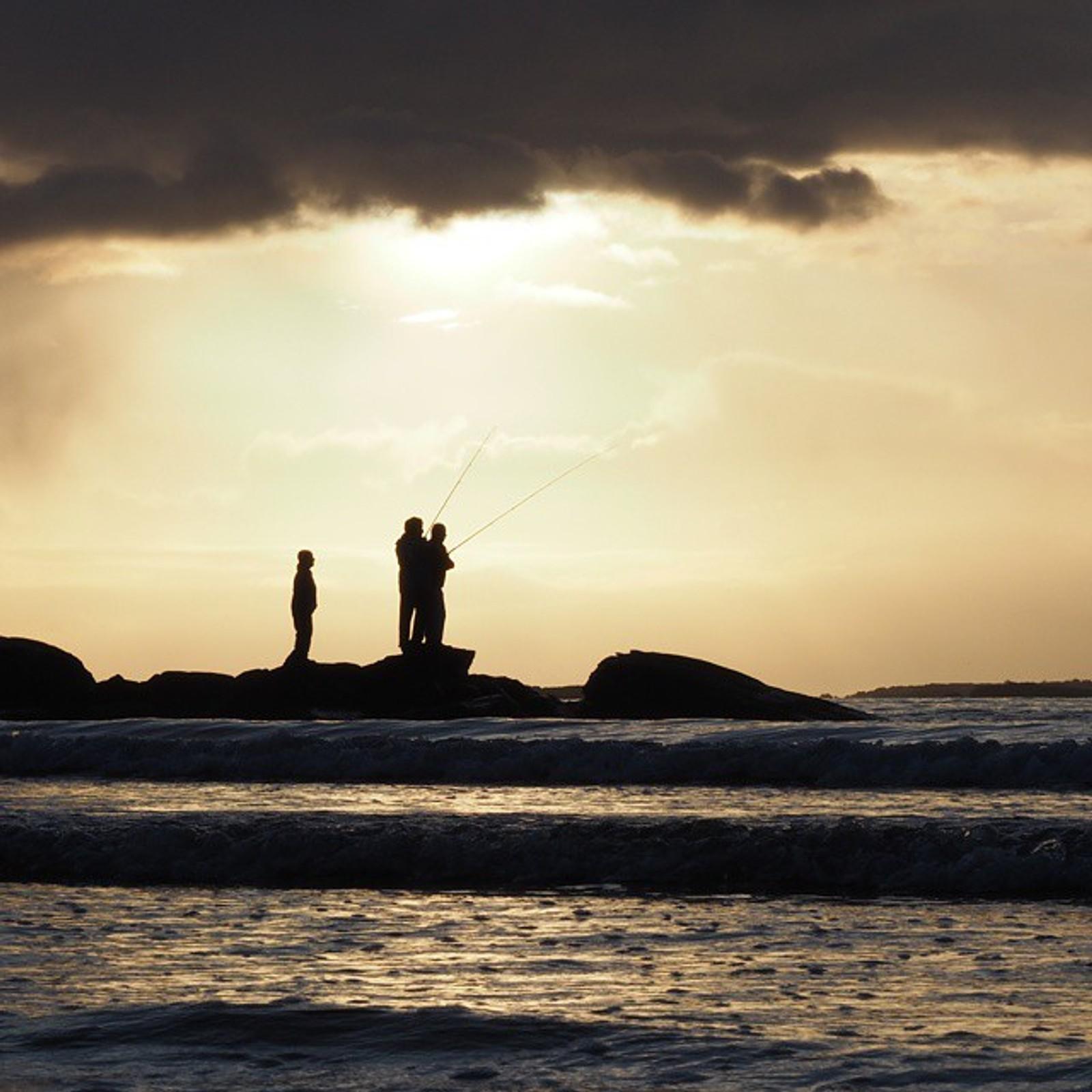Fiskere på Solastranden.