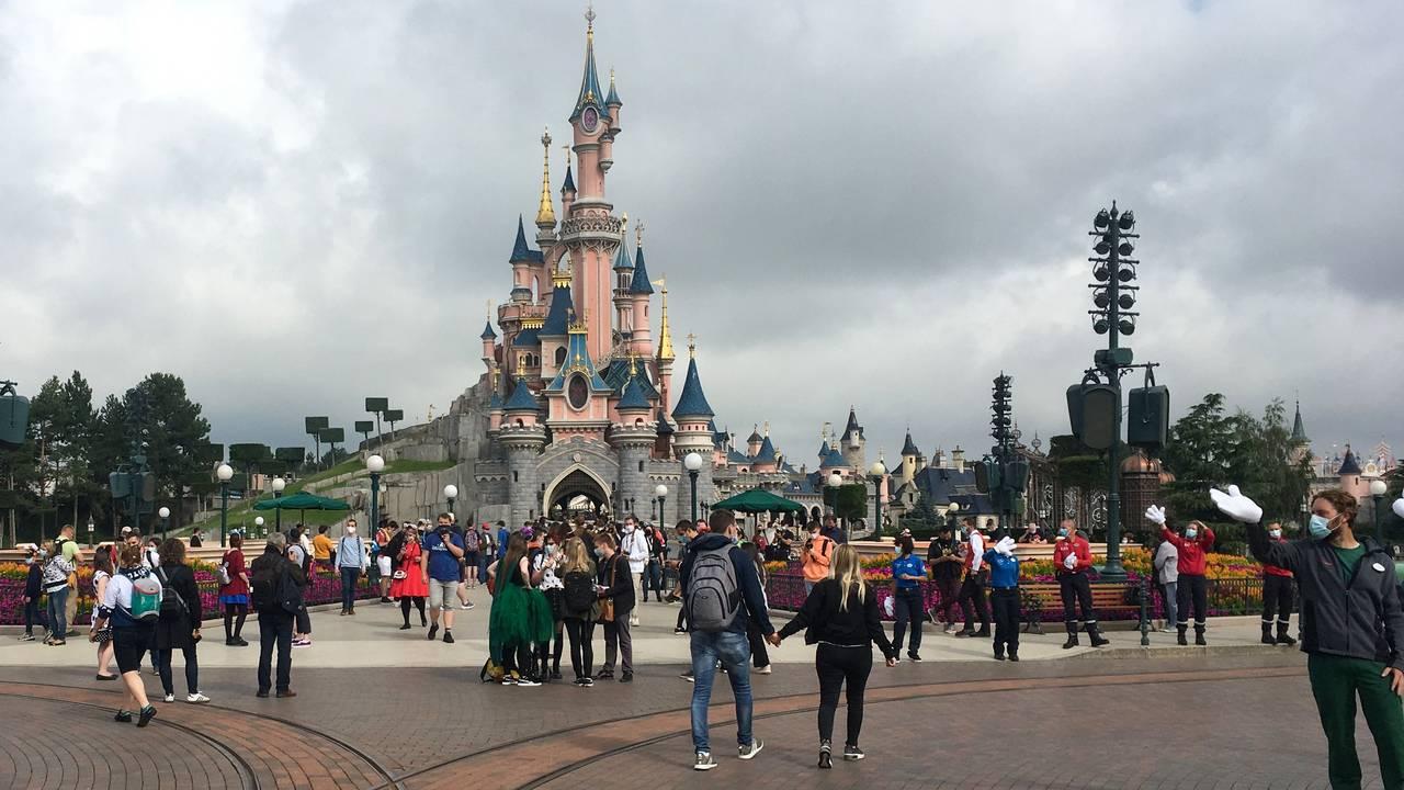 Disneyland, Frankrike, Paris. Etter. 15. juli.