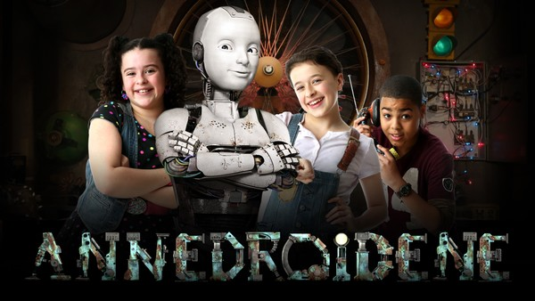 Amerikansk drama om Anne og vennene som prøver å holde nye eksperimenter og annedroider skjult.