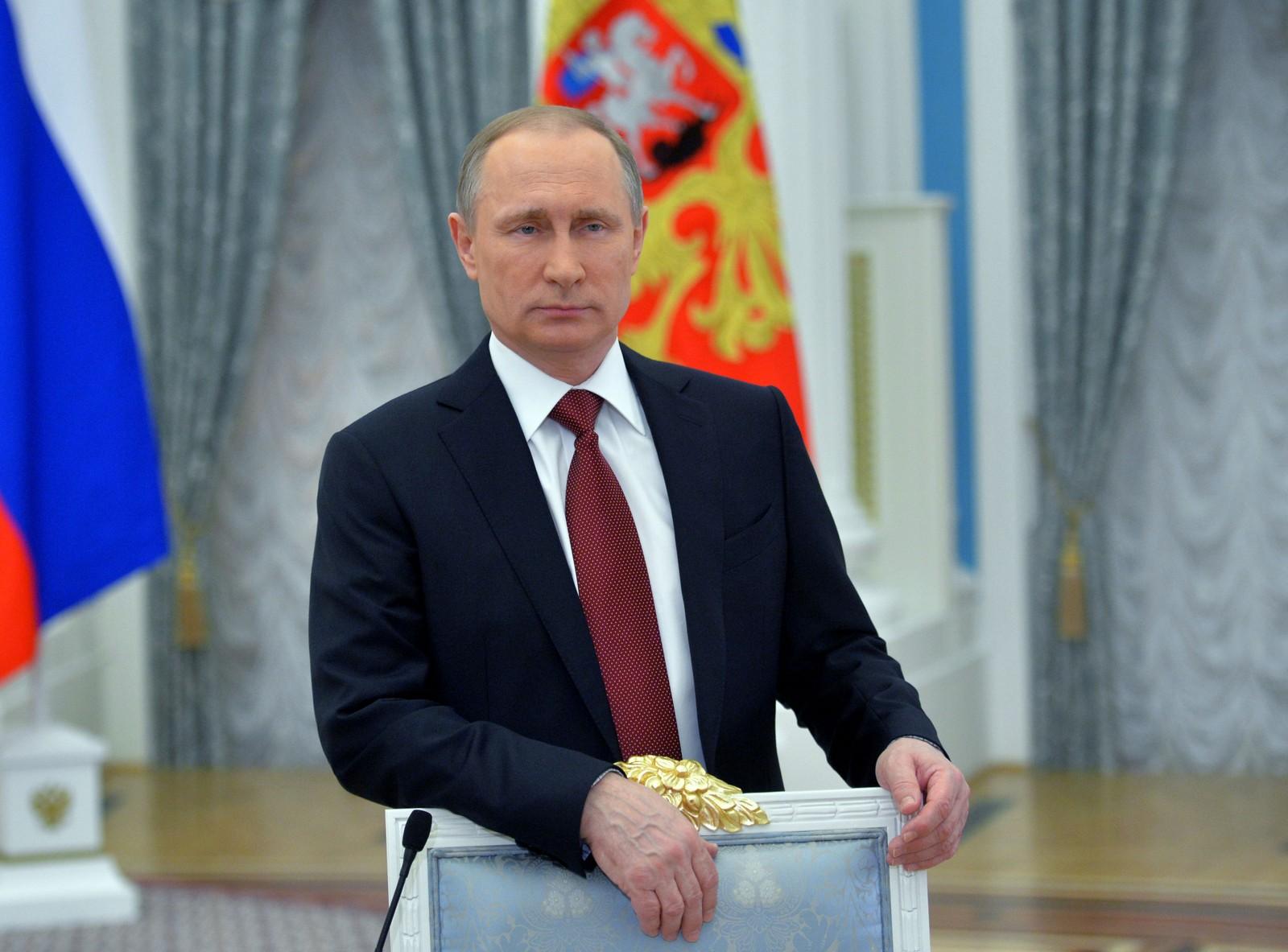 RUSSLAND: President Vladimir Putin holdt tale i anledning kvinnedagen. Det er kvinner som gir oss liv og som varmer oss med deres kjærlighet, støtte og omsorg, sa Putin.