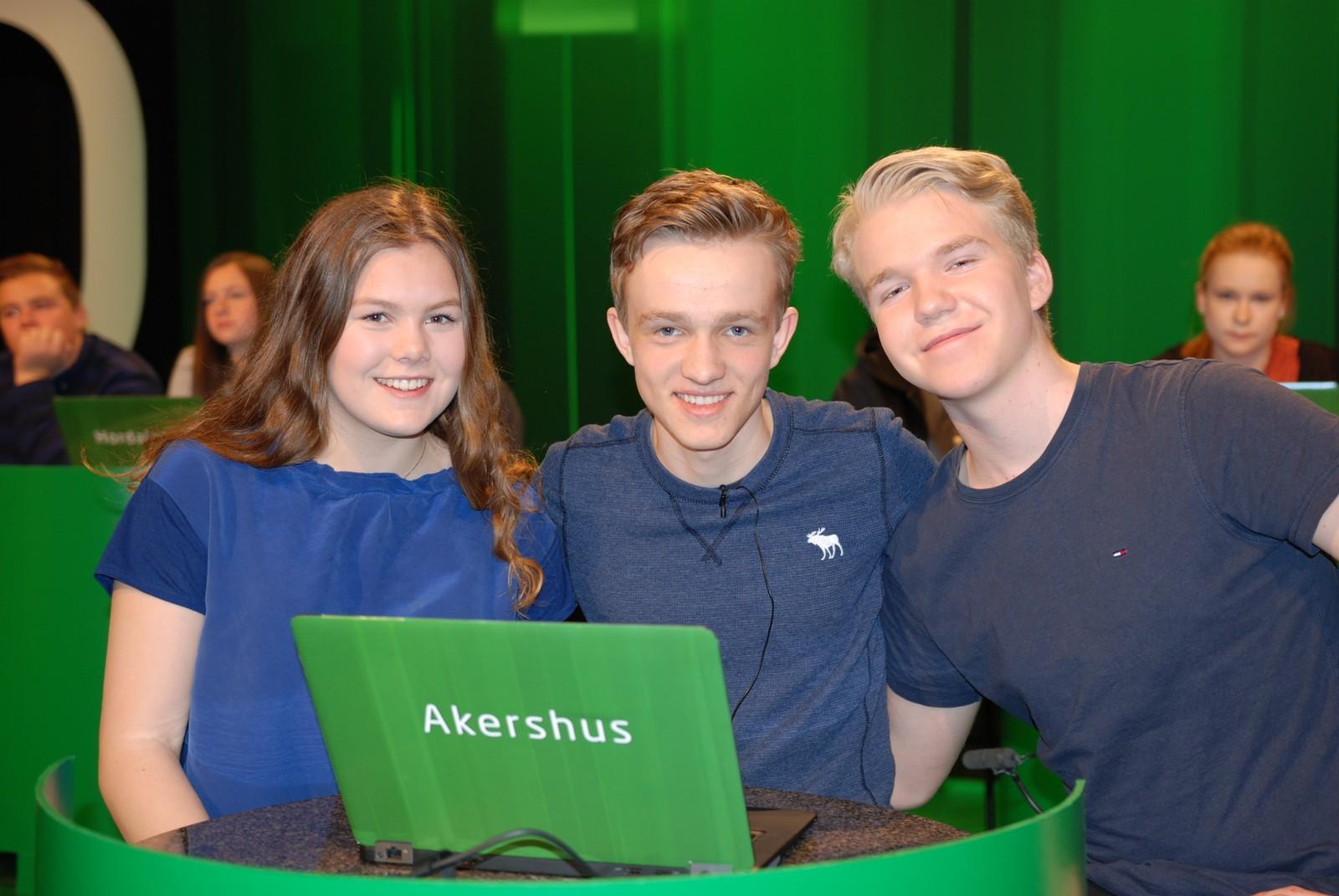 AKERSHUS: Solvang Skole fra Asker representert ved Vebjørn Soknes Christie, Henrik Fredriksen Aas og Tora Vassnes