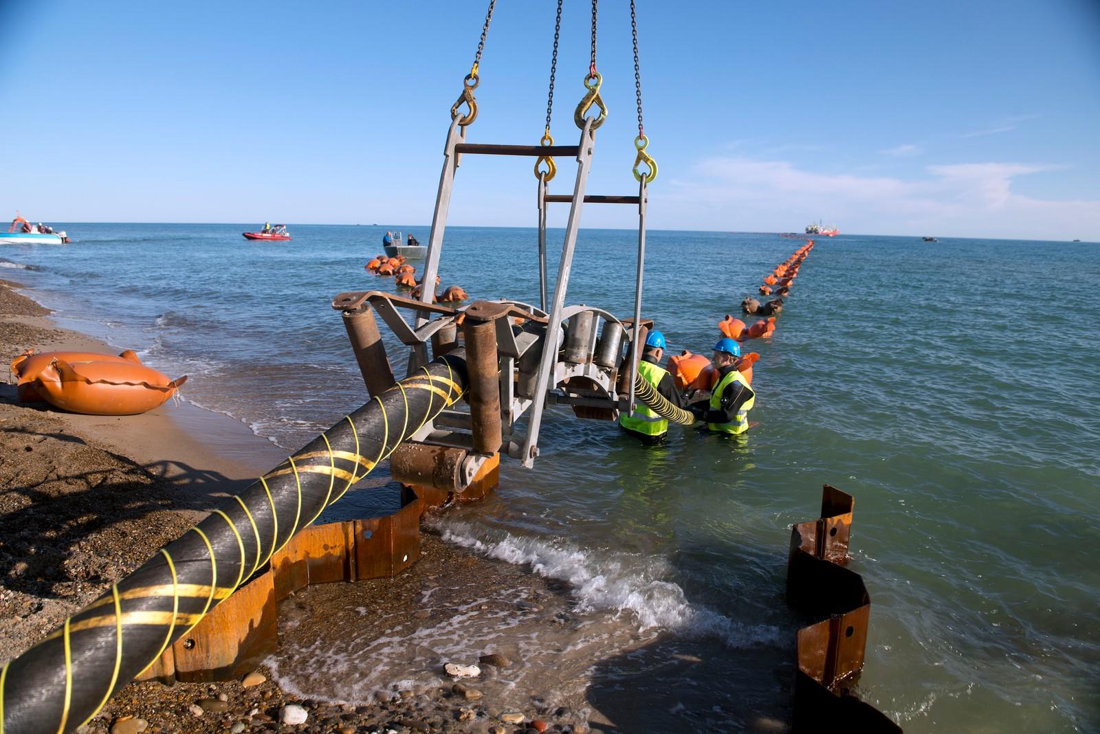 Energinet.dk og Stattnett i Norge, lægge ca 140 km kabel tværs over Skagerrak fra Bulbjerg strand i Jammerbugt til Kristiansand i Norge. Foto: © Lars Horn / Baghuset Date : 24.07.13