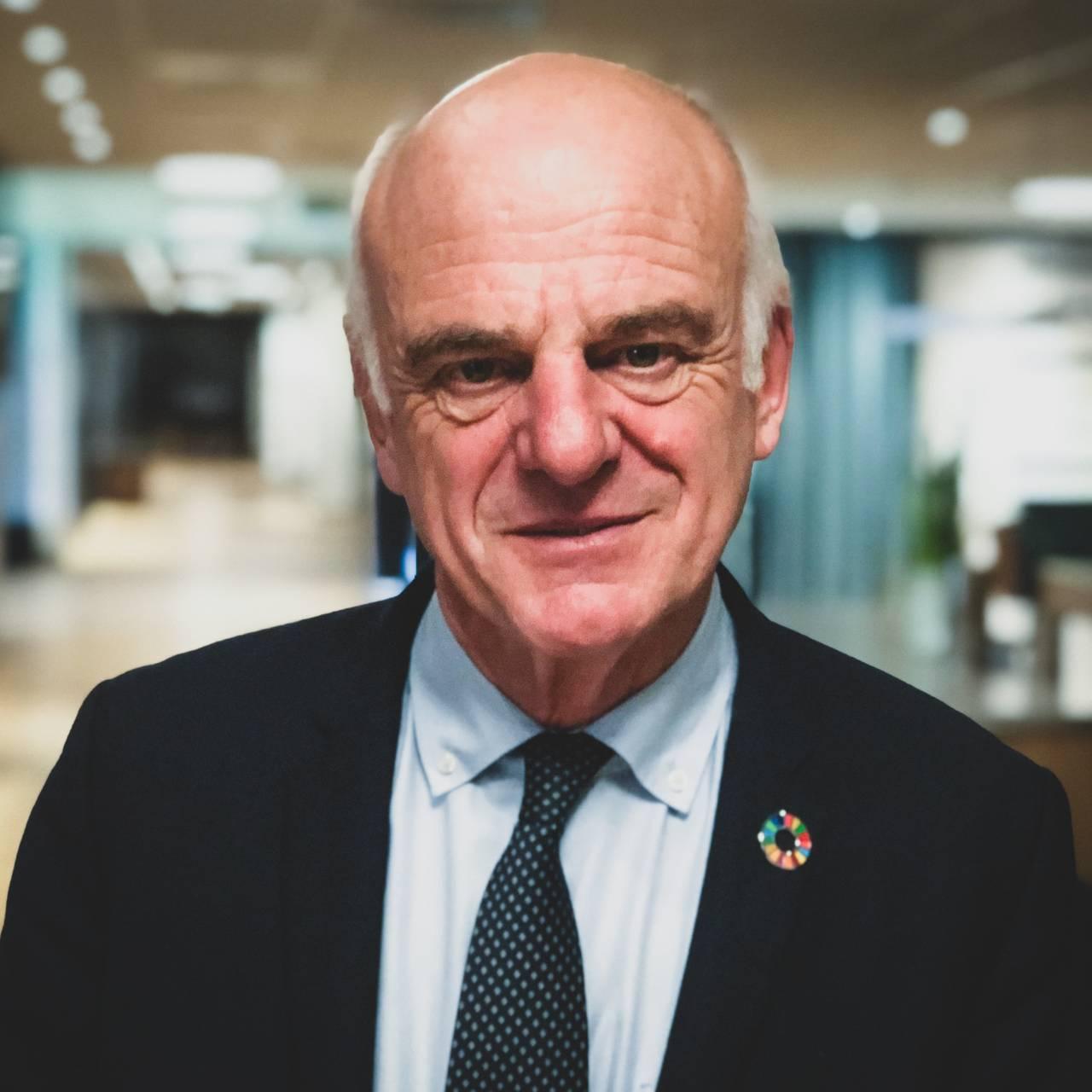 David Nabarro under Trondheim Conference on Biodiversity