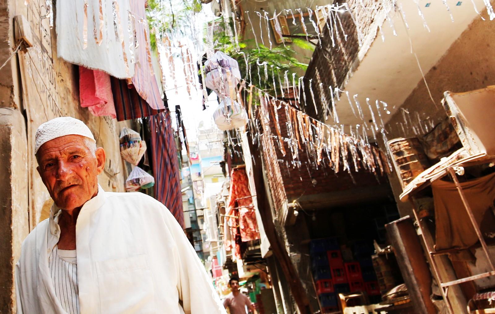 Gatene i gamlebyen i Kairo i Egypt er pyntet til ramadan.