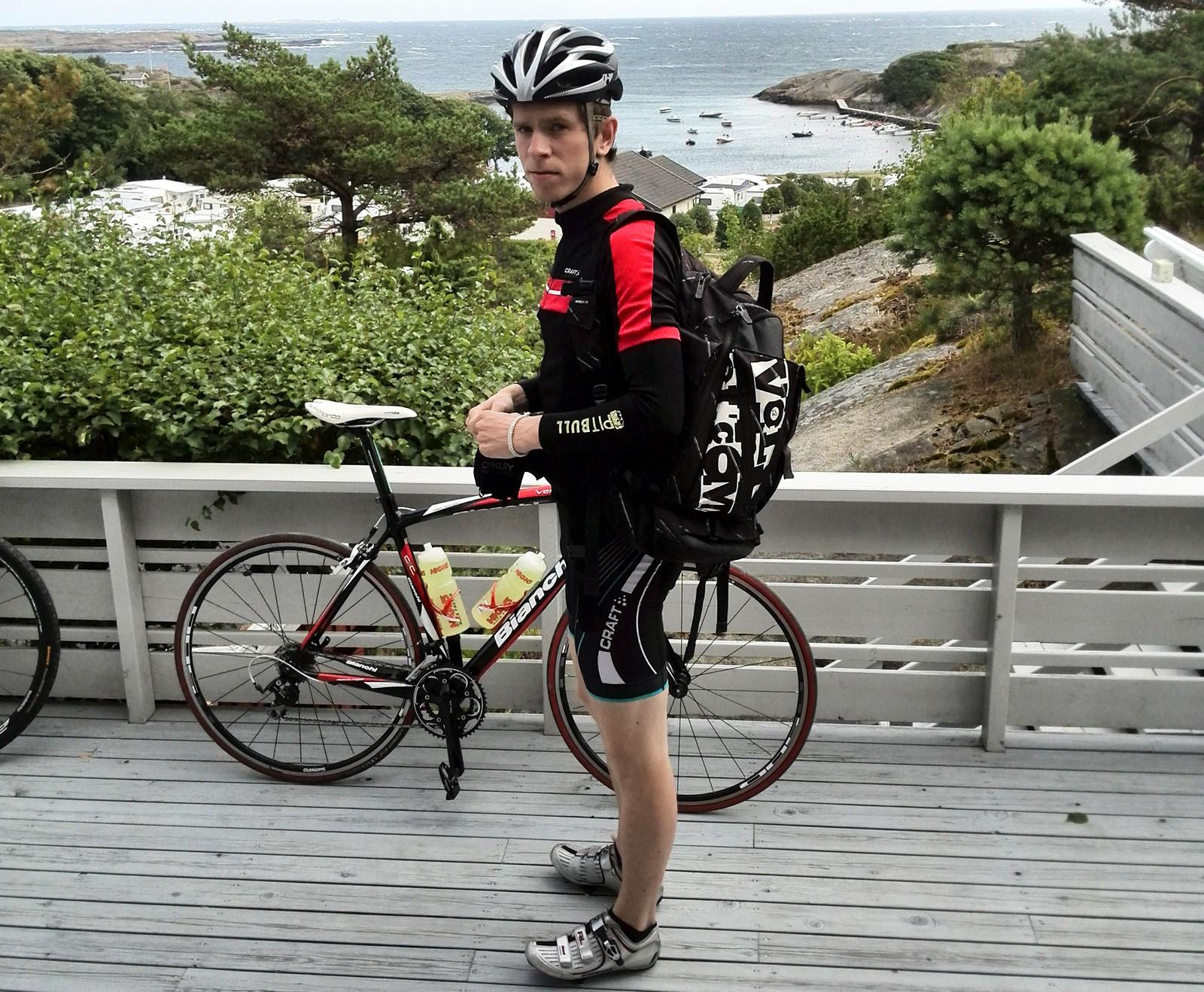 PÅKJØRT: Petter Omsland Nikolaisen var på treningstur med lagkameratene da han døde i en trafikkulykke i fjor.