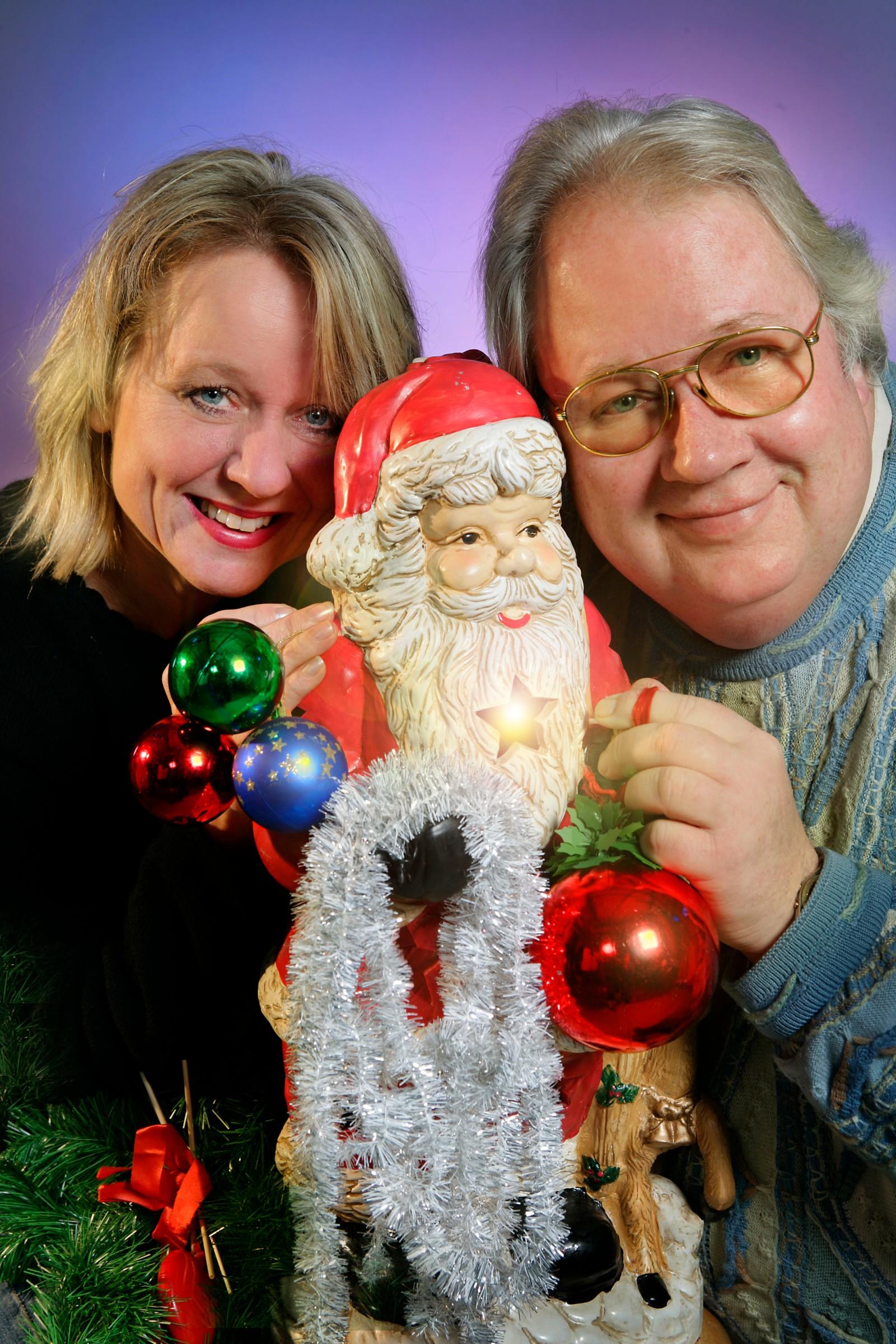 Kvelden før kvelden 23.12.05 Hanne Skrikerud og Knut Borge er programledere for Kvelden før kvelden i NRK P1 lille julaften.