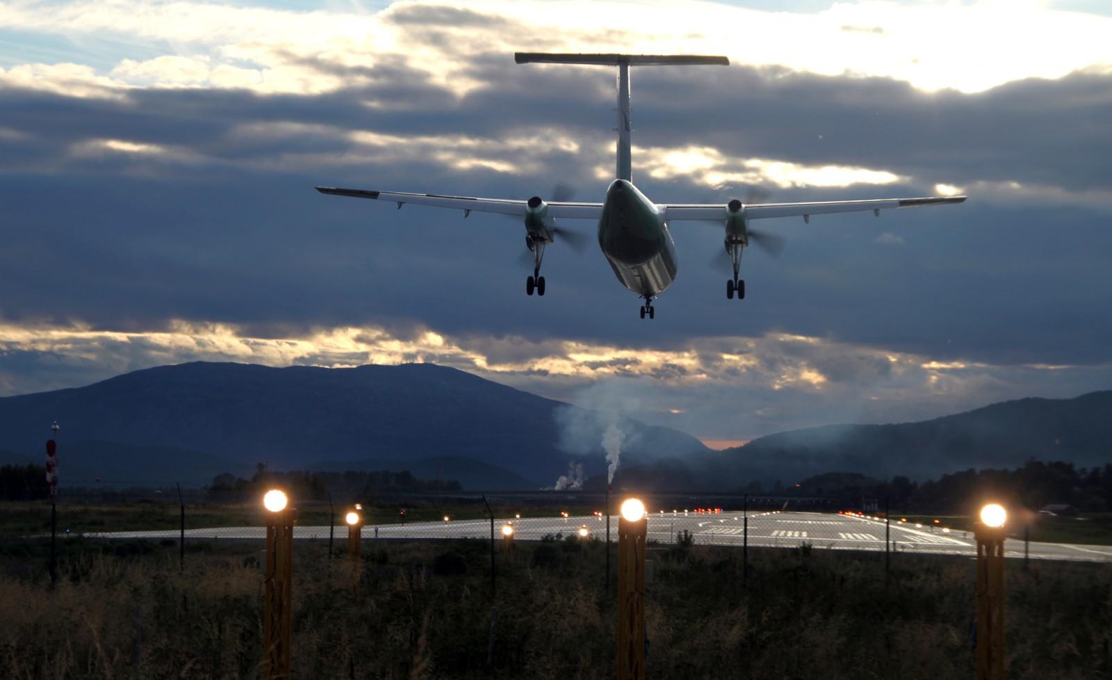 September: Innflyging til Namsos lufthavn