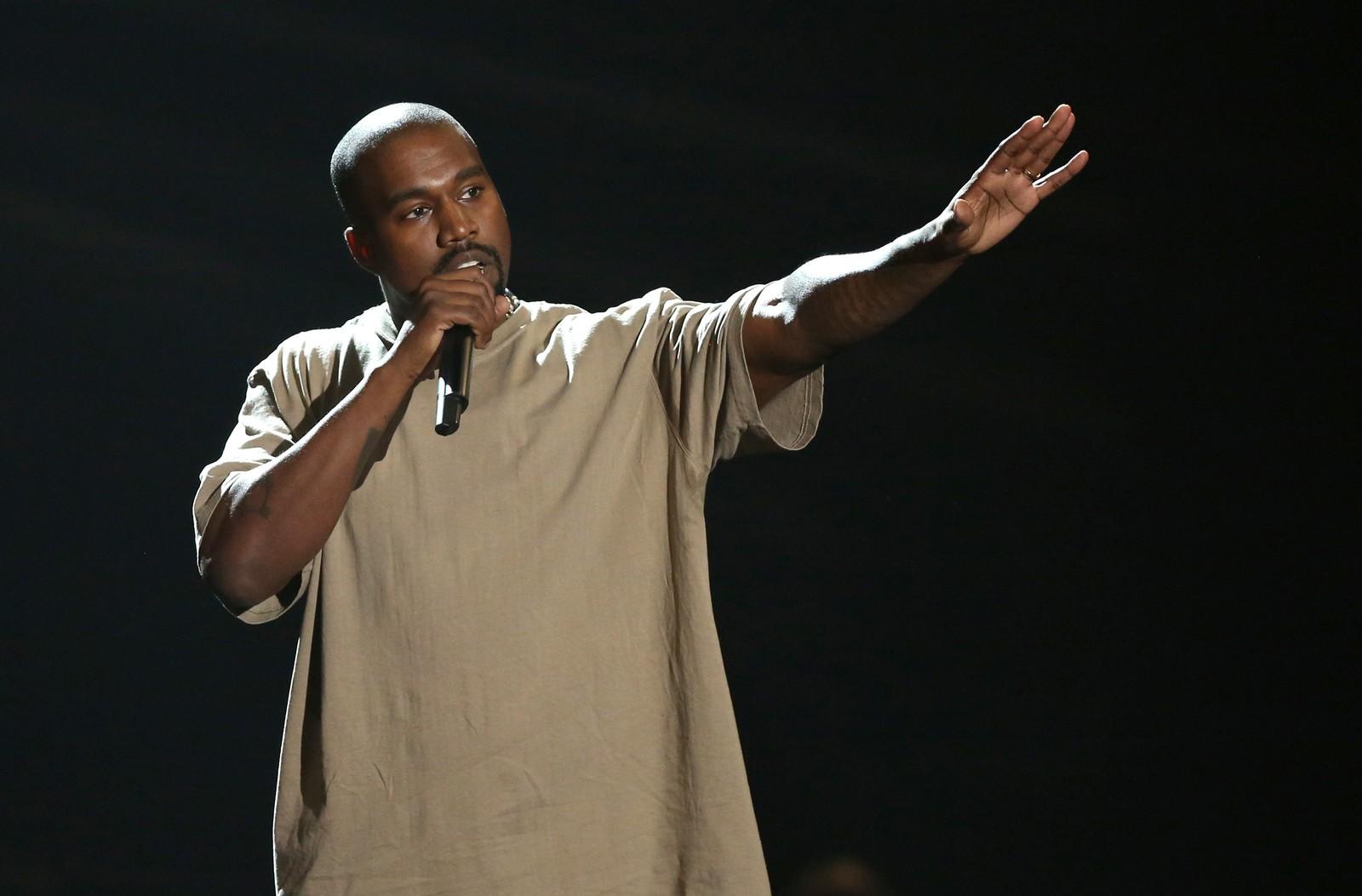 Rapperen Kanye West benyttet anledningen under MTV Video Music Awards til å annonsere at han ønsker å stille som presidentkandidat i USA i 2020.