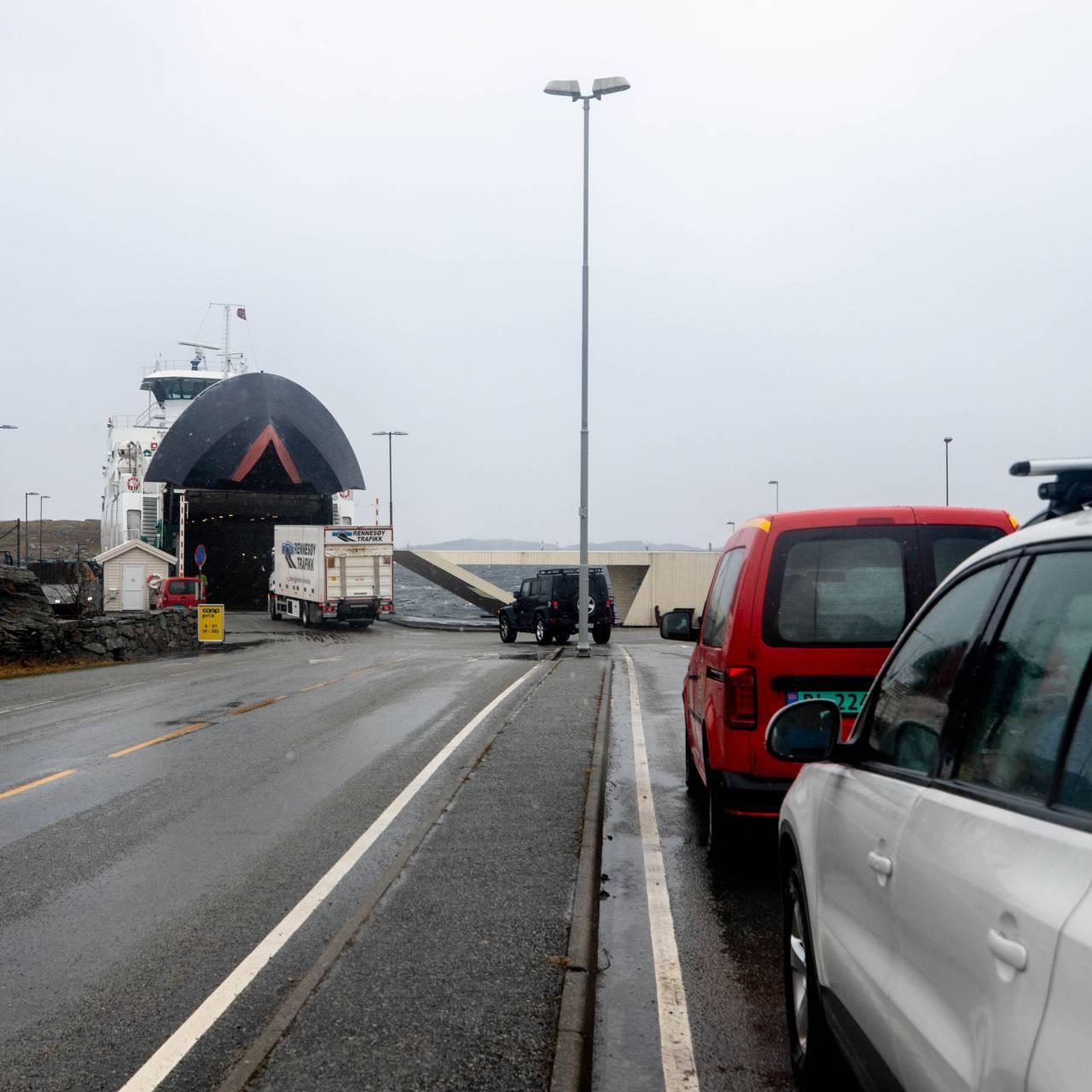 En må ta ferje fra Mekjarvik for å komme til Kvistøy.