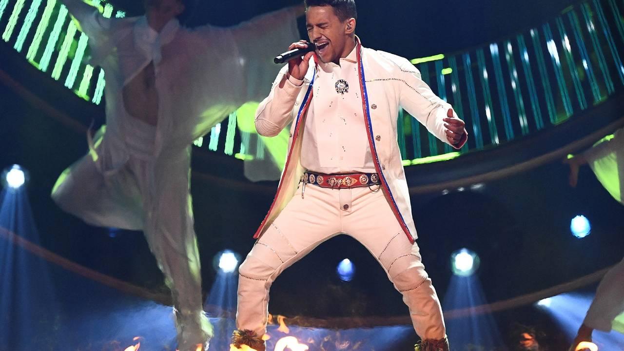 Jon Henrik Fjällgren i Melodifestivalen 2019.