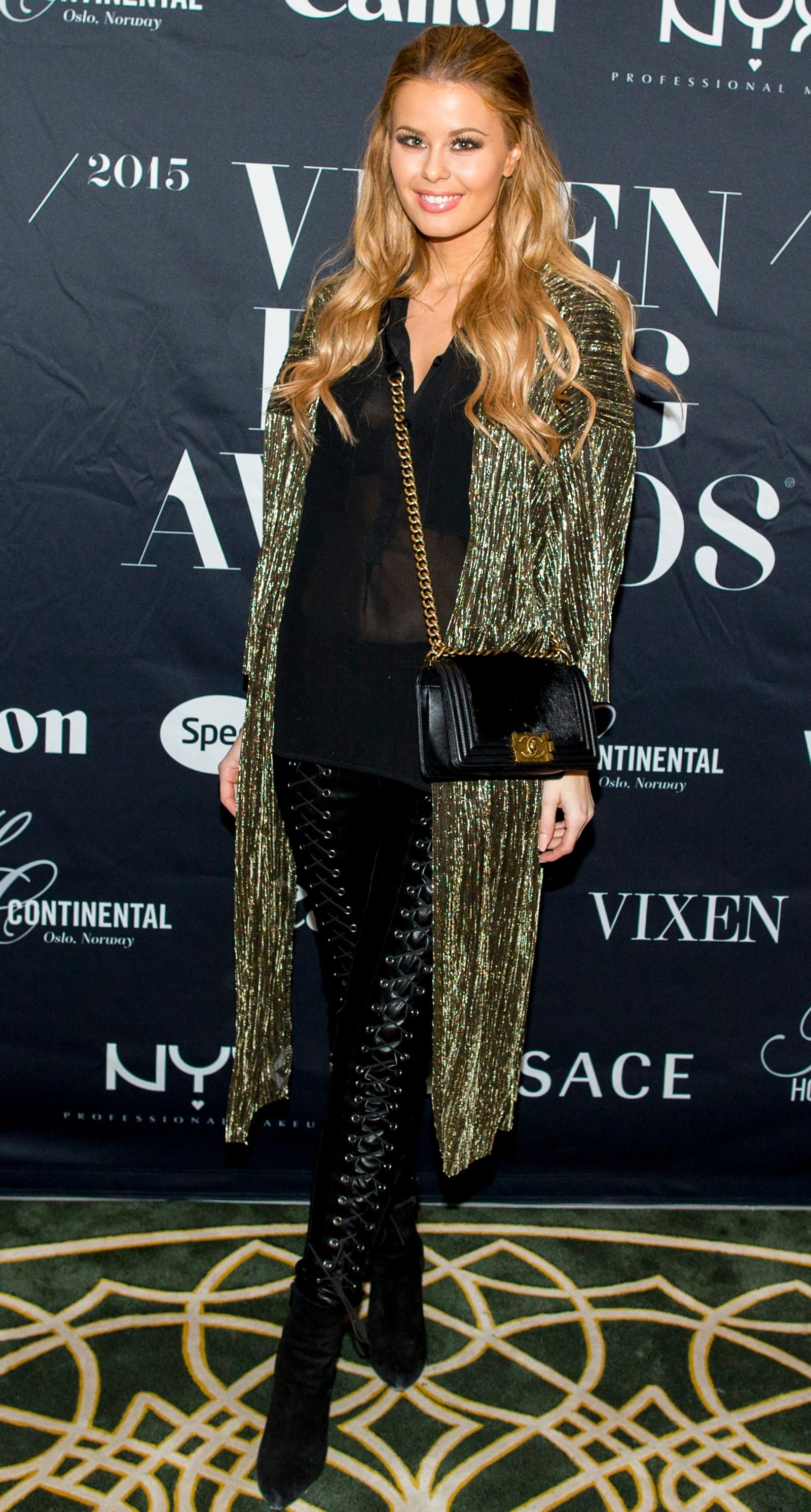Annette Haga ankommer Vixen Blog Awards 2015 på Hotel Continental i Oslo fredag kveld.