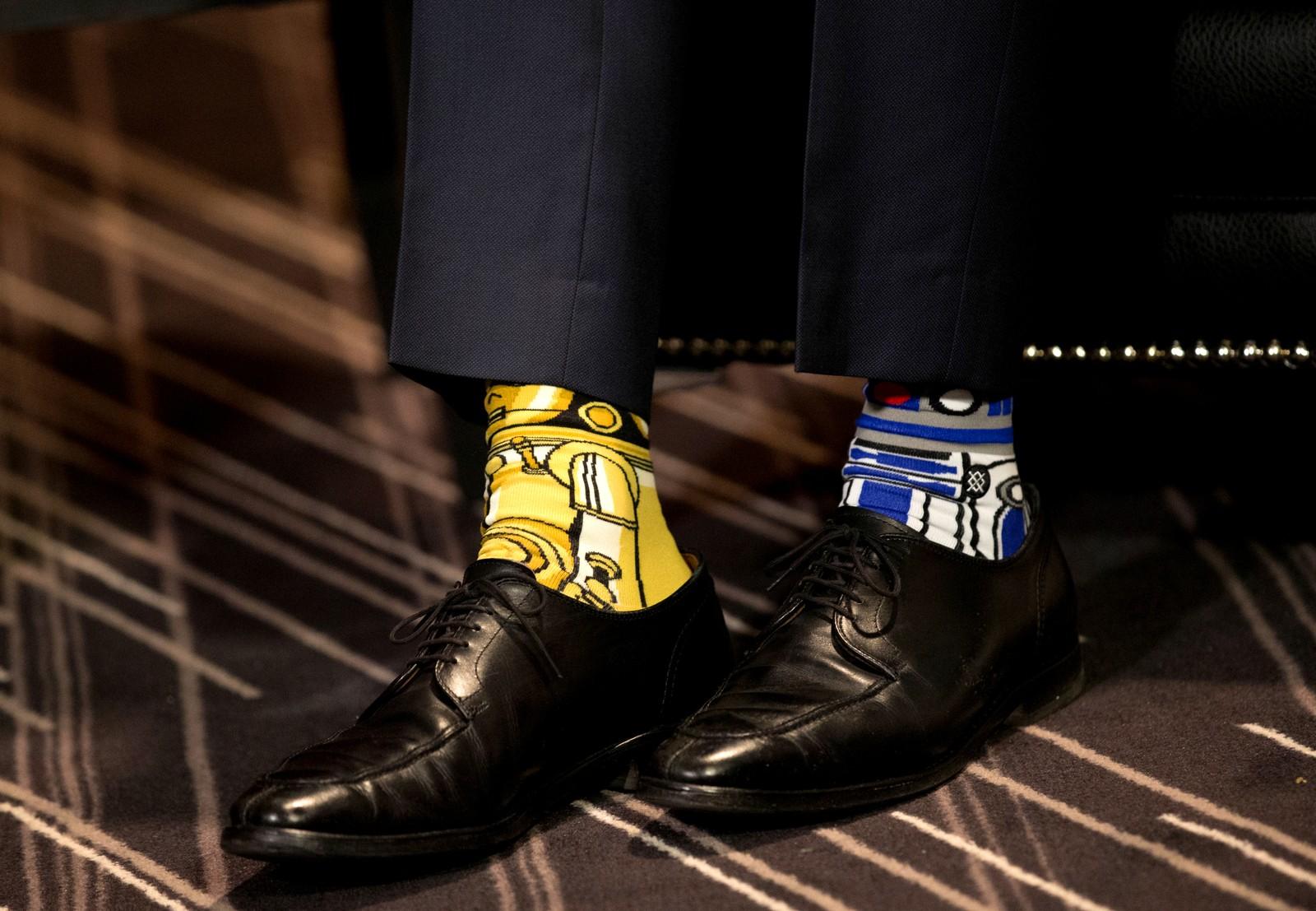 En statsminister med sans for Star Wars. Canadiske Justin Trudeau hadde pyntet seg før møtet med den irske statsministeren Enda Kenny.