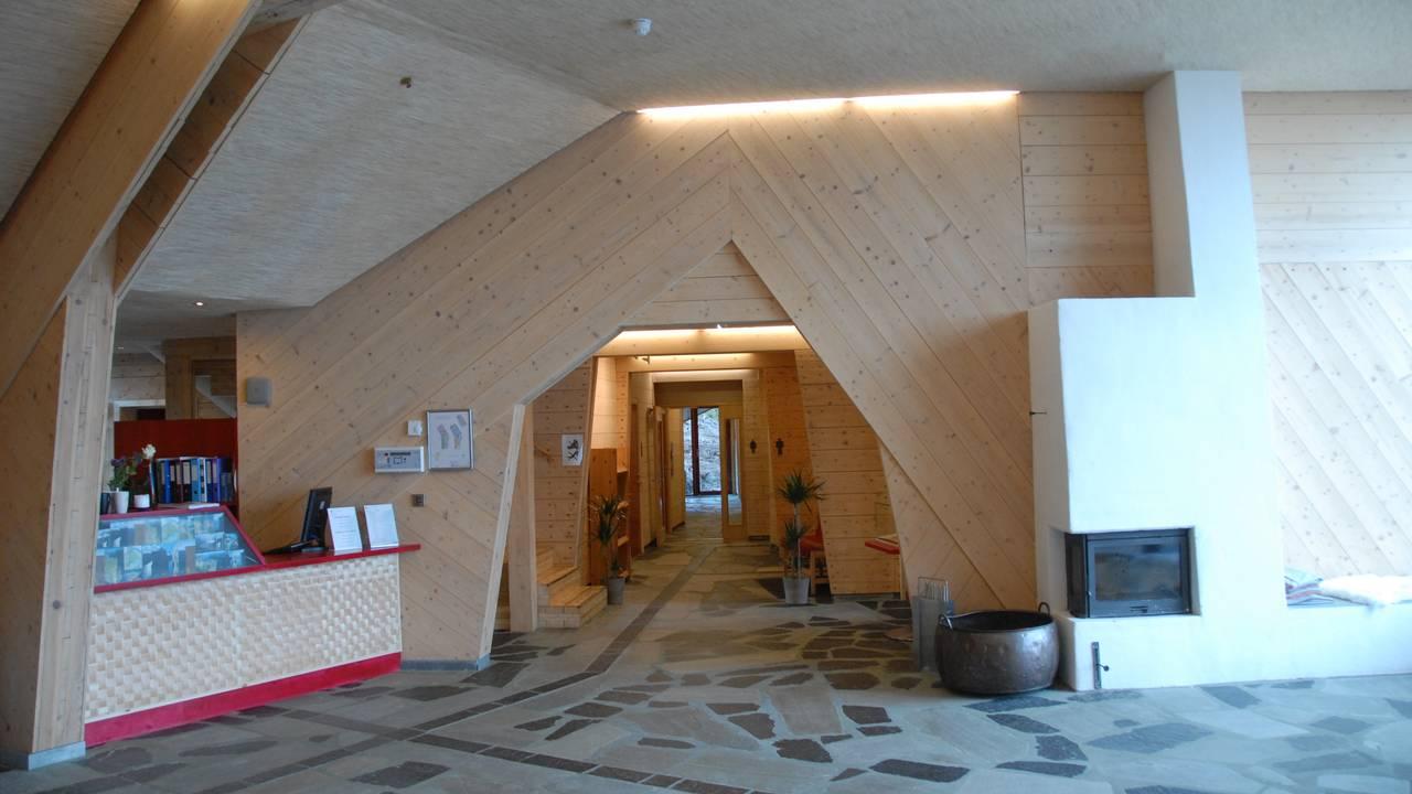 Inne i Preikestolen Fjellstue.
