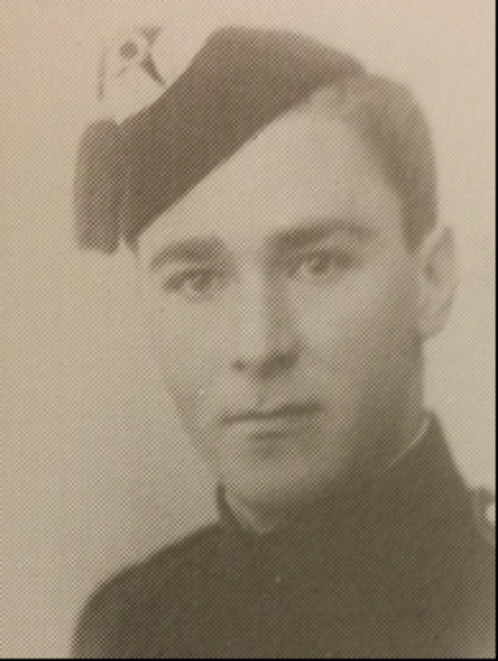 Jostein Ansgar Ween: Soldat, gårdsarbeider fra Kvikne. Møtte til mobilisering på Terningmoen, og falt under bombingen av Elverum 11. april 1940. Gravlagt i Elverum som «ukjent soldat», antakelig 20. april, senere identifisert og gravlagt i Kvikne.
