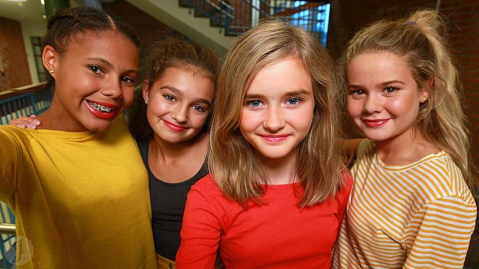 norsk glamourmodell jenter nrk super