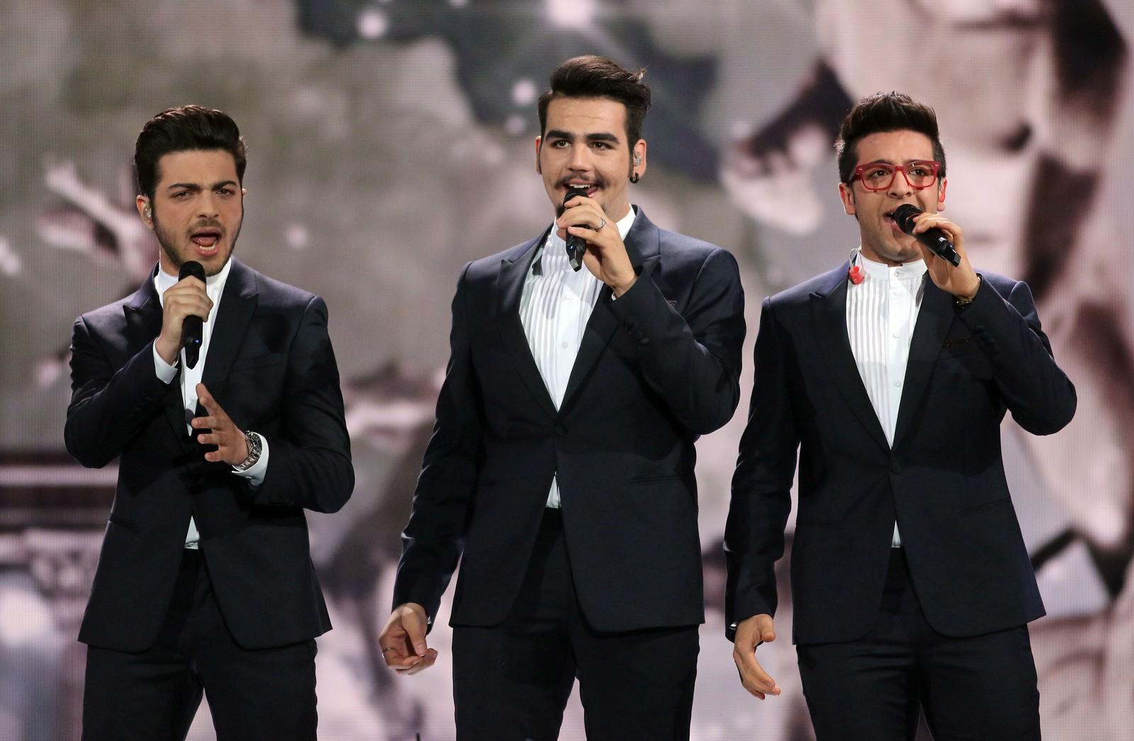 27. ITALIA: I Italia tror de på den store kjærligheten. Det gjør i alle fall operatrioen Il Volo, som vant San Remo-festivalen med låten «Il Grande Amore». Dermed ble trioen også valgt til å representere landet i Eurovision.