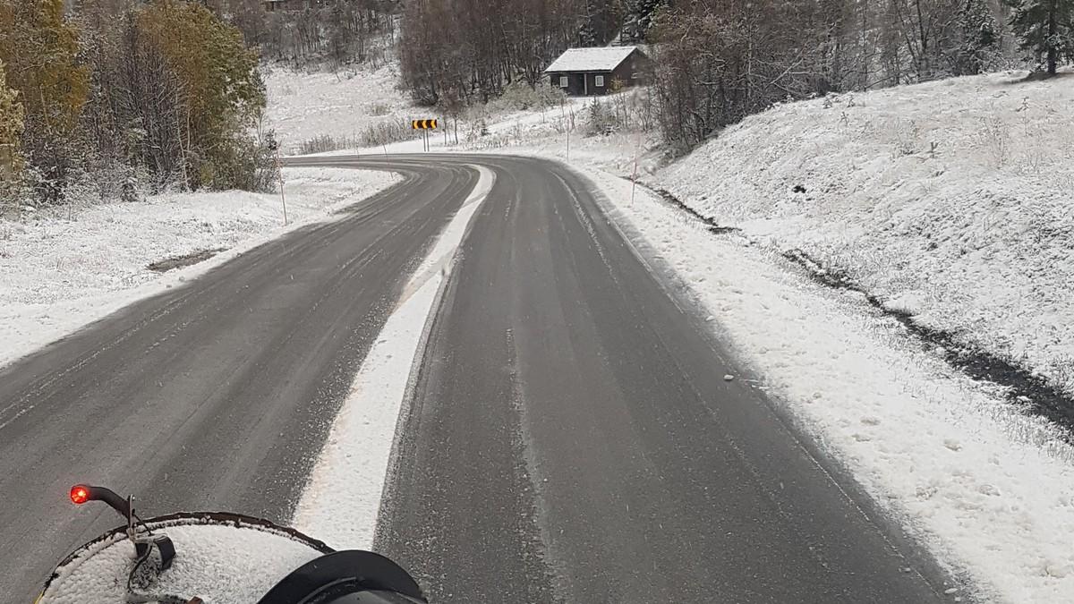 Snø og glatte vegar