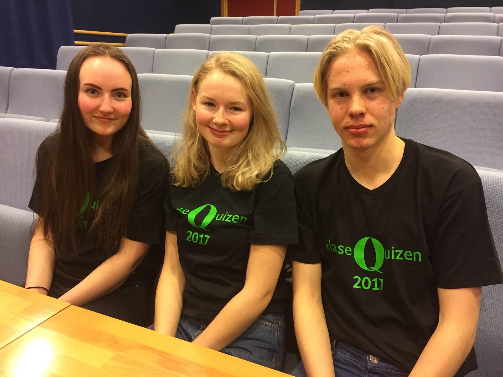 Ingrid Ramen, Marie Tofte Elvestad og Vebjørn Harstad Jensvoll fra Vinstra ungdomsskole