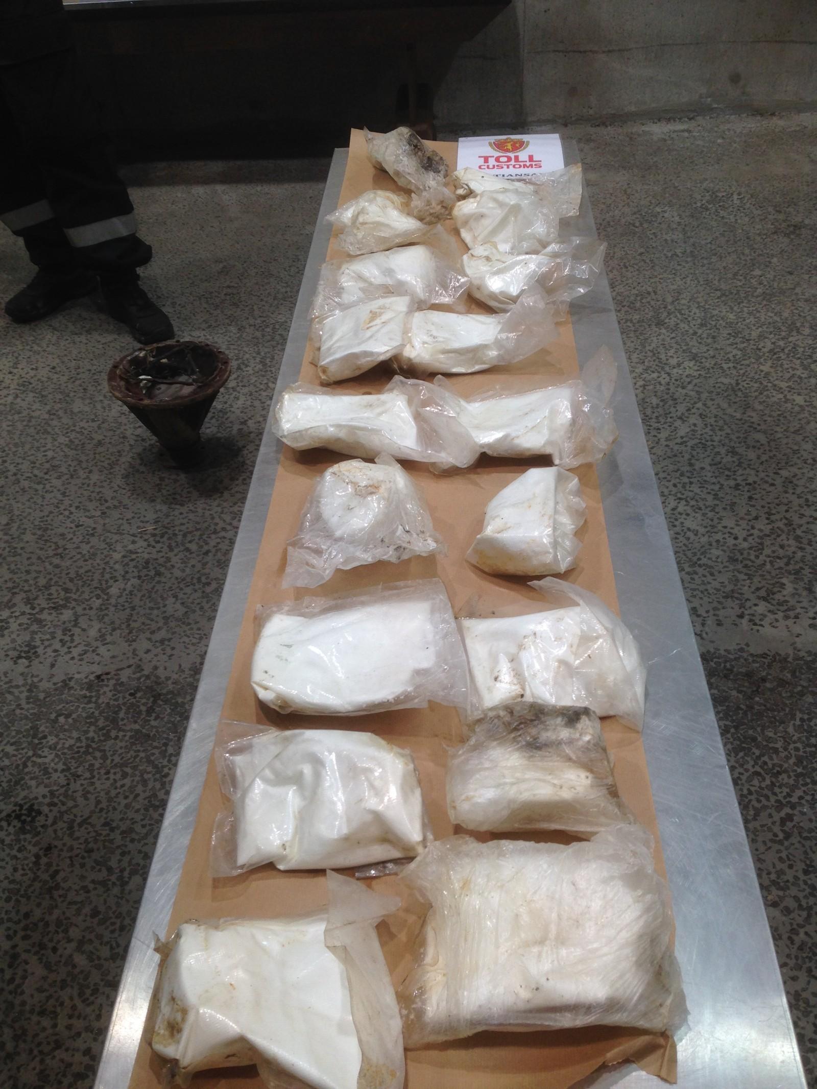 Bildet viser det totale beslaget av amfetamin.