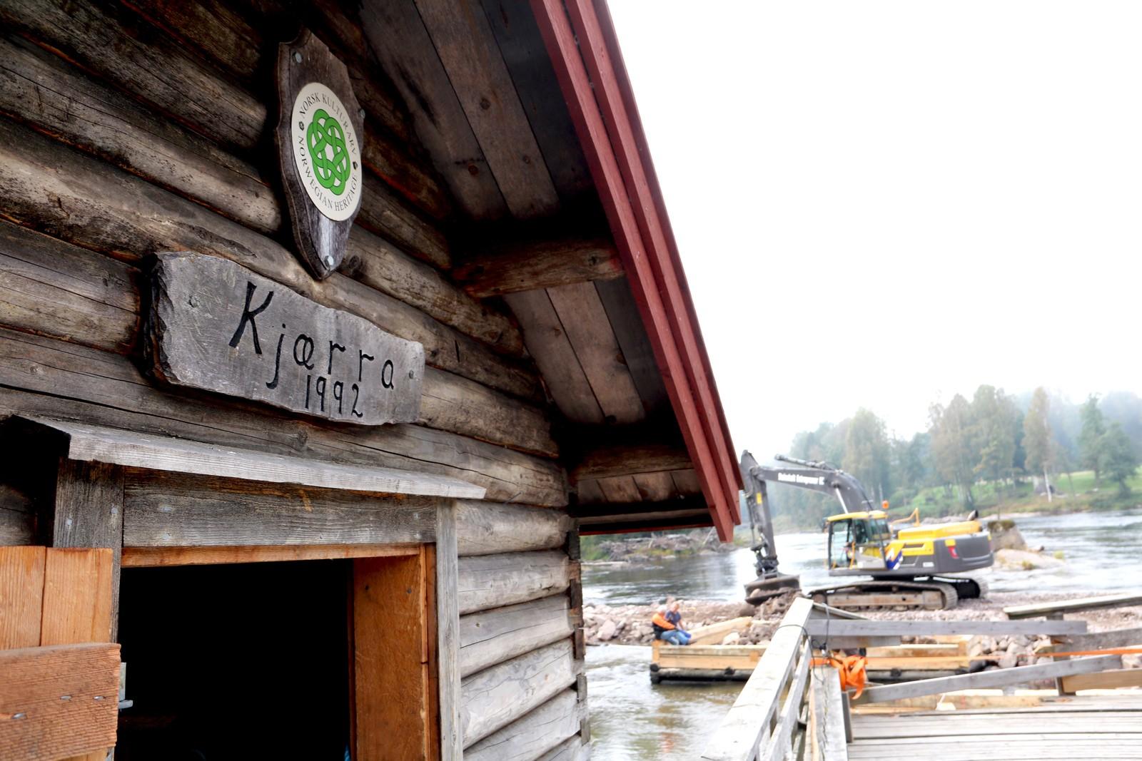 1992: Kjærra-anlegget ble restaurert i 1992, men tømmeret som ble brukt i tømmerkarene var ikke godt nok.