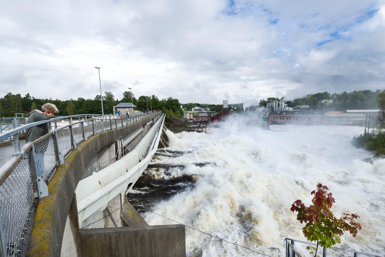 Store vannmengder ved Rygene kraftverk.