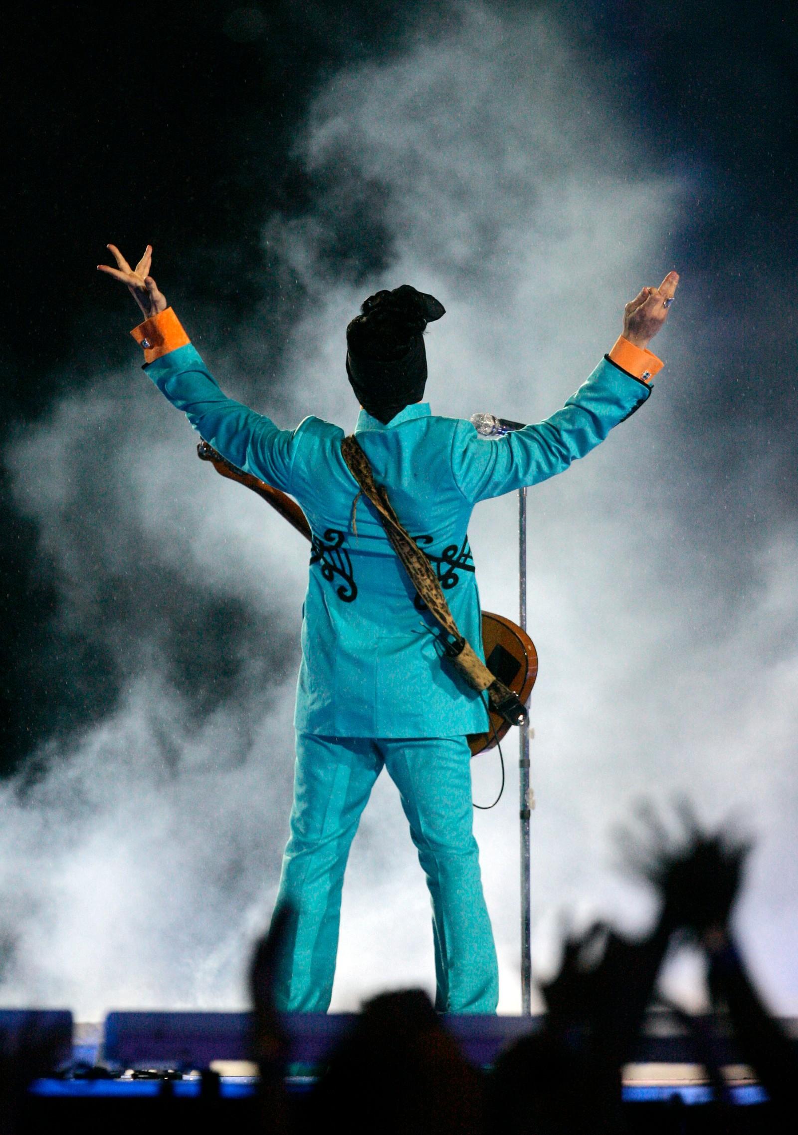 Prince var kjent for å ha fantastiske sceneshow. Her fra Super Bowl i 2007.